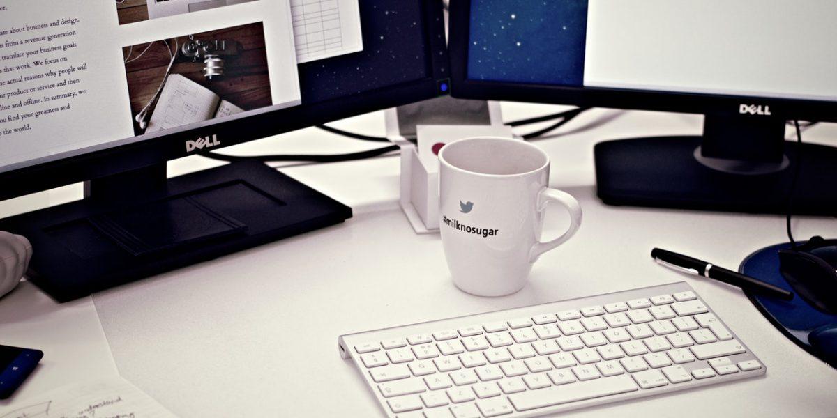 Czy warto aktualizować artykuły na blogu firmowym?