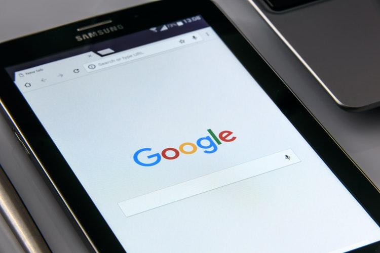 Dodawanie linku doGoogle jako jeden zesposobów naszybsze indeksowanie strony