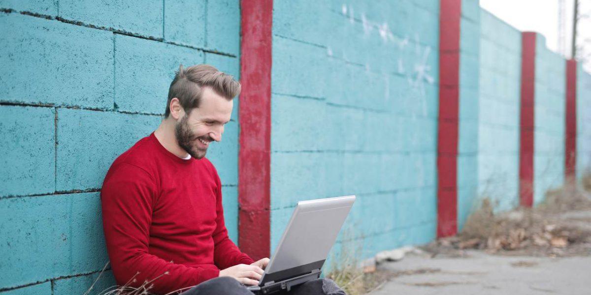 Co wziąć pod uwagę i jak napisać interesujący post na bloga?