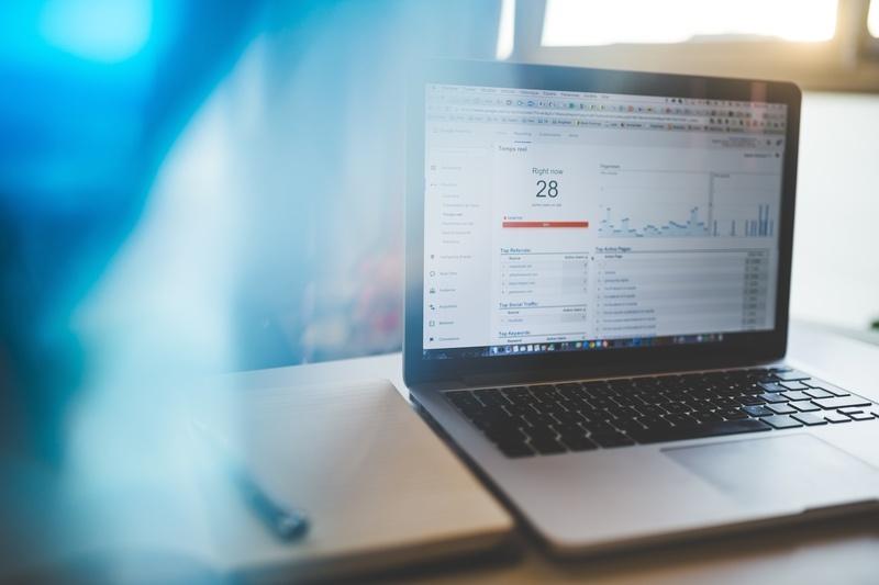 Jak można sprawdzać statystyki na stronie?