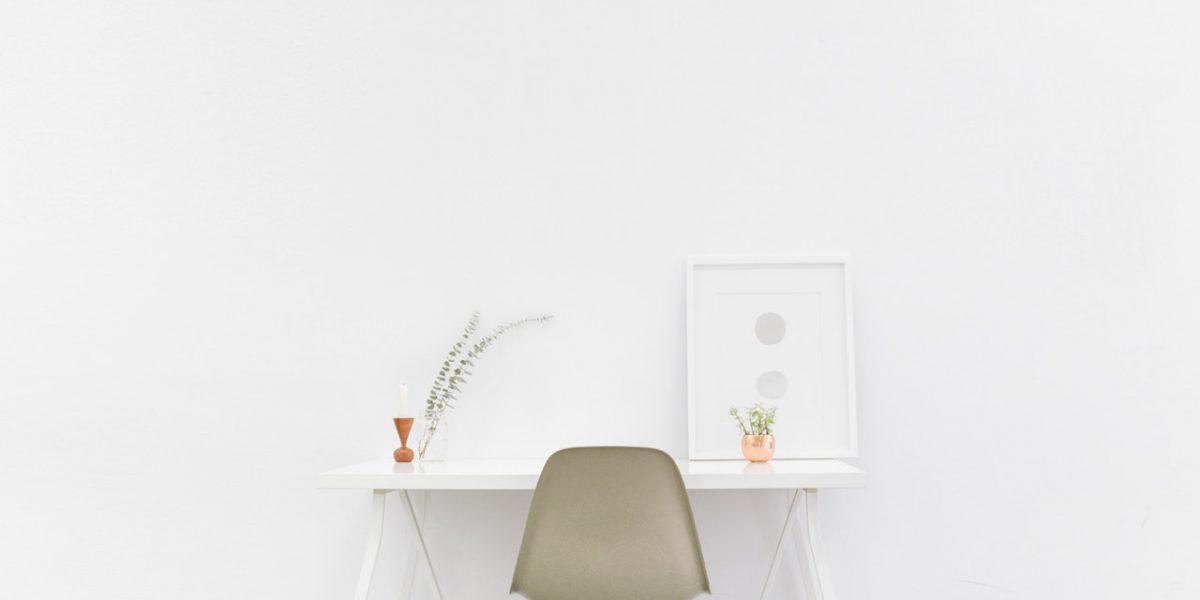 Czym się wyróżnia minimalizm na stronach internetowych?