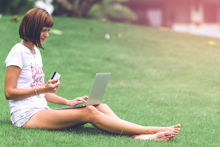 Jakie rodzaje płatności są obecnie najpopularniejsze w sklepach internetowych?