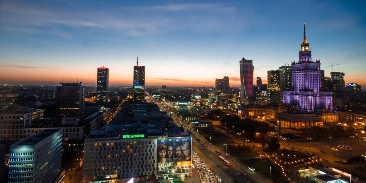 Dlaczego warto pozycjonować sklep internetowy w Warszawie?
