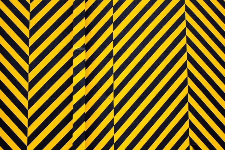 Żółty kolor na stronie